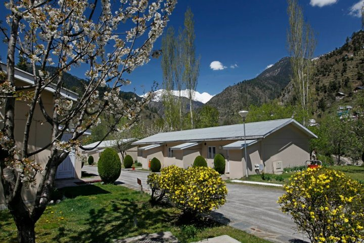 Booking Reservation In Kutton Jagran Resort Neelum Valley