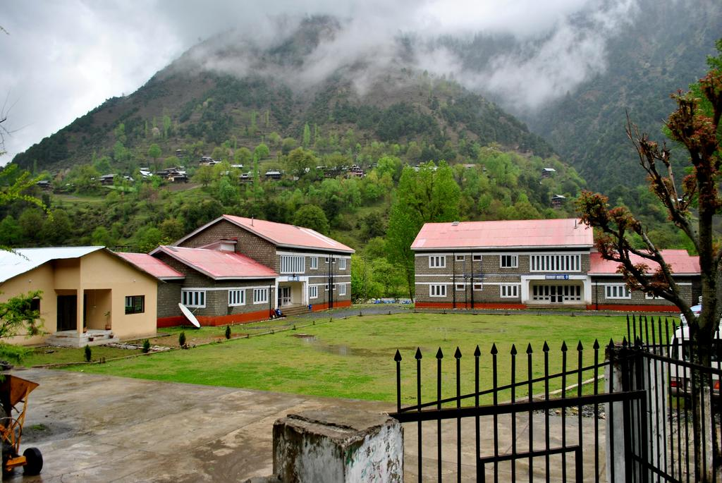 Keran Resort Neelum Valley Azad Kashmir_image