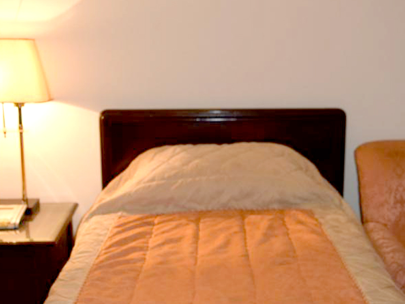 Rooms available for dating in lahore