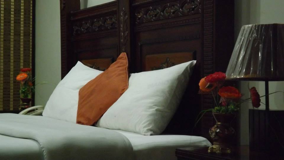 Book Royal Continental Hotel Muzaffarabad Cheap Rates