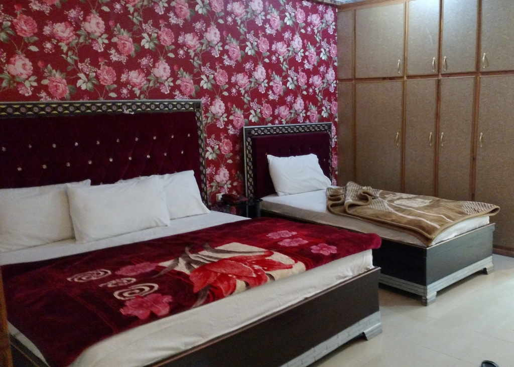 Rose Valley Hotel Naran_image